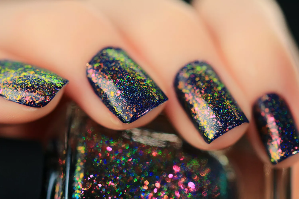 Electric Carnival (H) – Pink to Green Holographic Ultra Chrome Flakie Nail Polish by ILNP