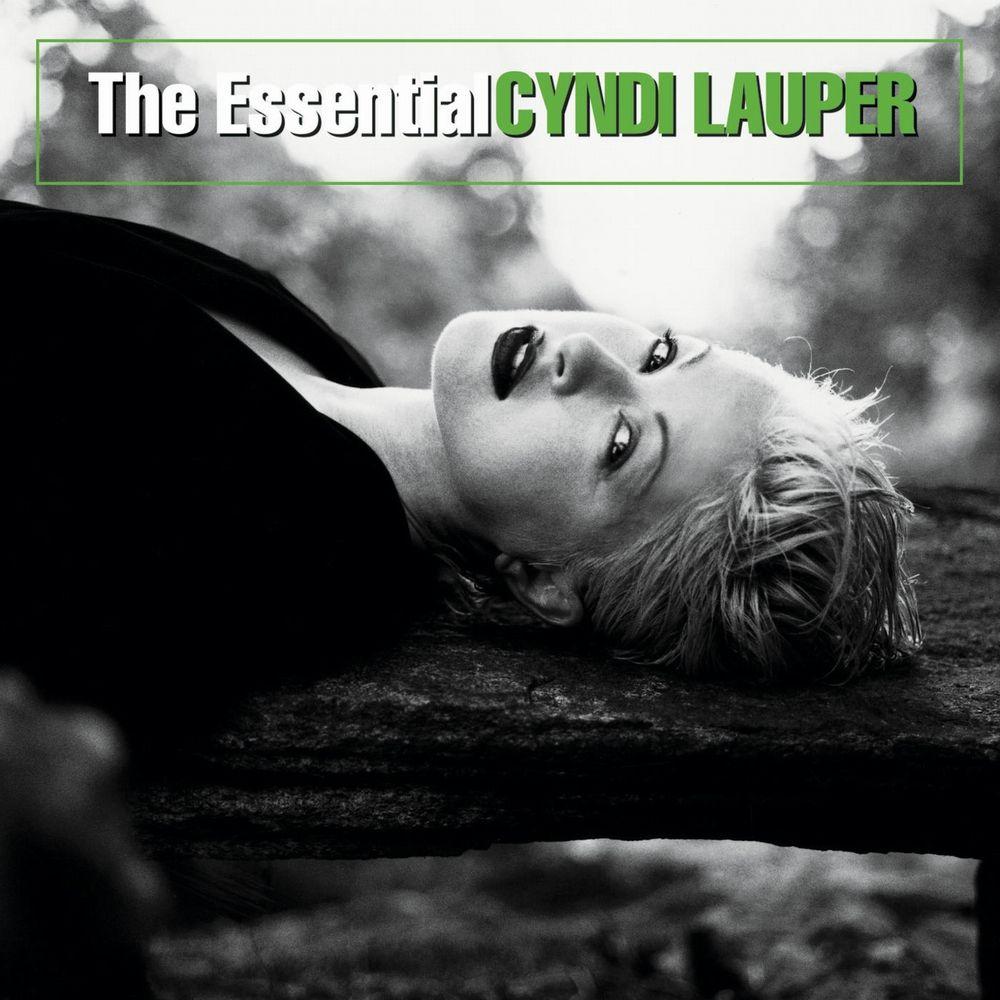 """Best Album """"The Essential """" 2003"""
