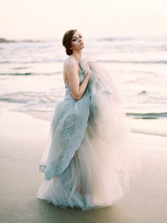 5 Bright Ideas for a Colourful Wedding Dress Wedding Bride ae568af258