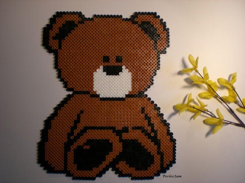 Teddybär Bügelperlen als Kinderzimmerdekoration - ein Designerstück von PerlerJam