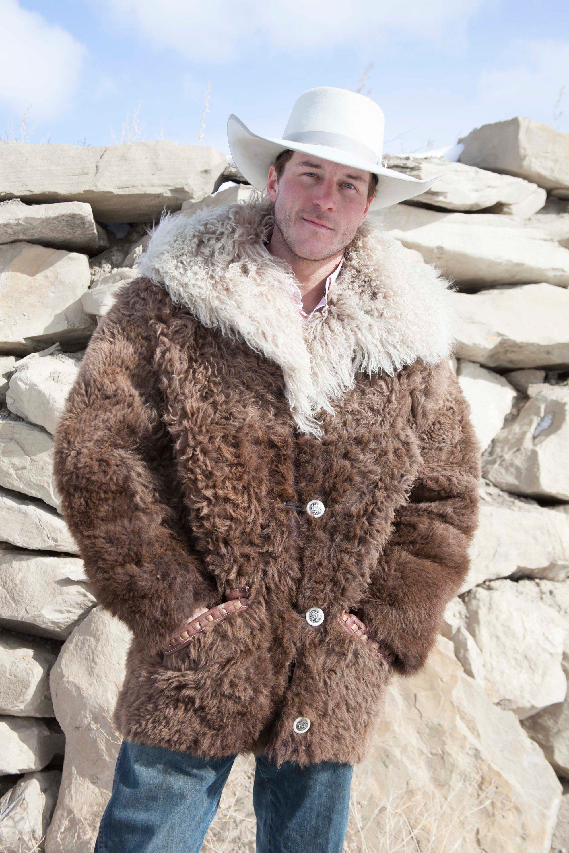 Buffalo Hide Fur Coat Angora Collar Real Yellowstone Buffalo Fur Fur Coat Native American Jackets Unique Jackets [ 3000 x 2000 Pixel ]