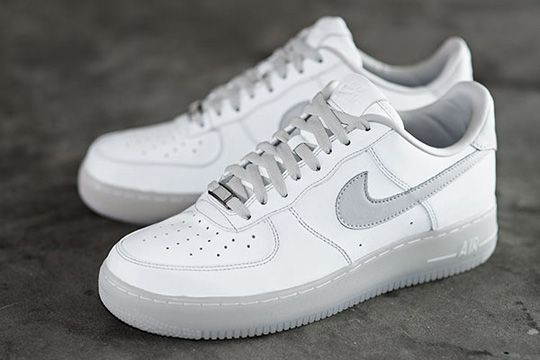 new concept d8716 393d7 NIKE AIR FORCE ONE 30TH ANNIVERSARY