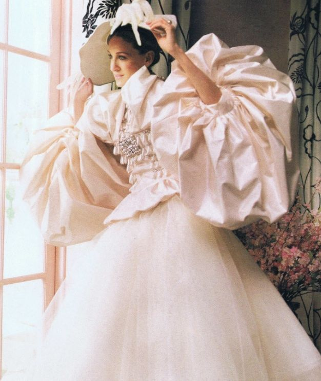 Hideous Wedding Gowns: Pin On Covering Fat Arms >
