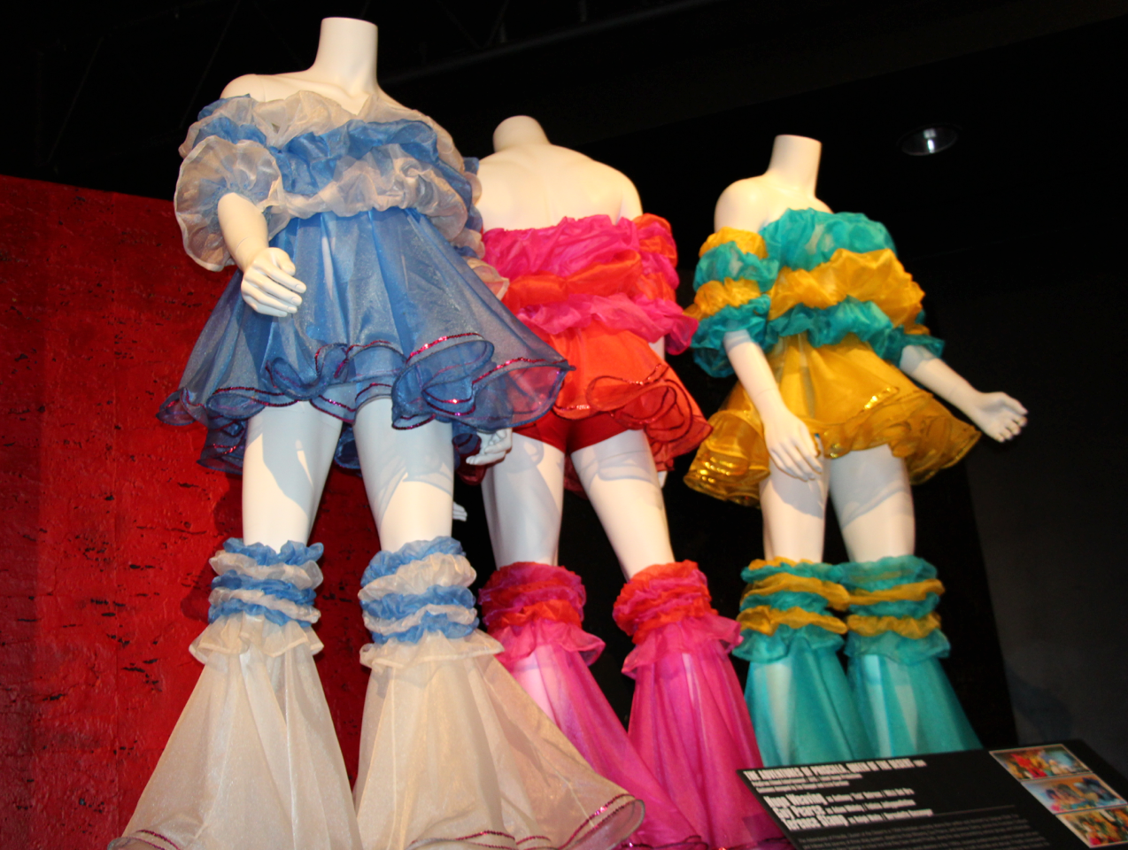 Costumes Worn By Hugo Weaving Guy Pearce And Terence Stamp In The