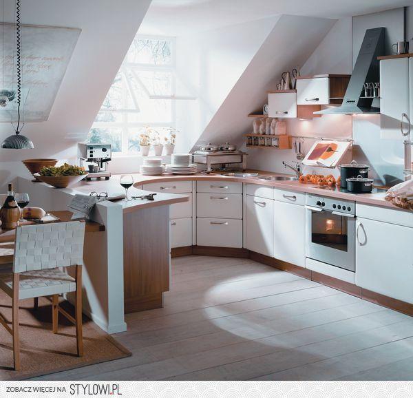 Kuchnia Na Poddaszu Na Stylowi Pl Projekty Wnetrz Kuchni Dekoracje Kuchni Piekna Kuchnia
