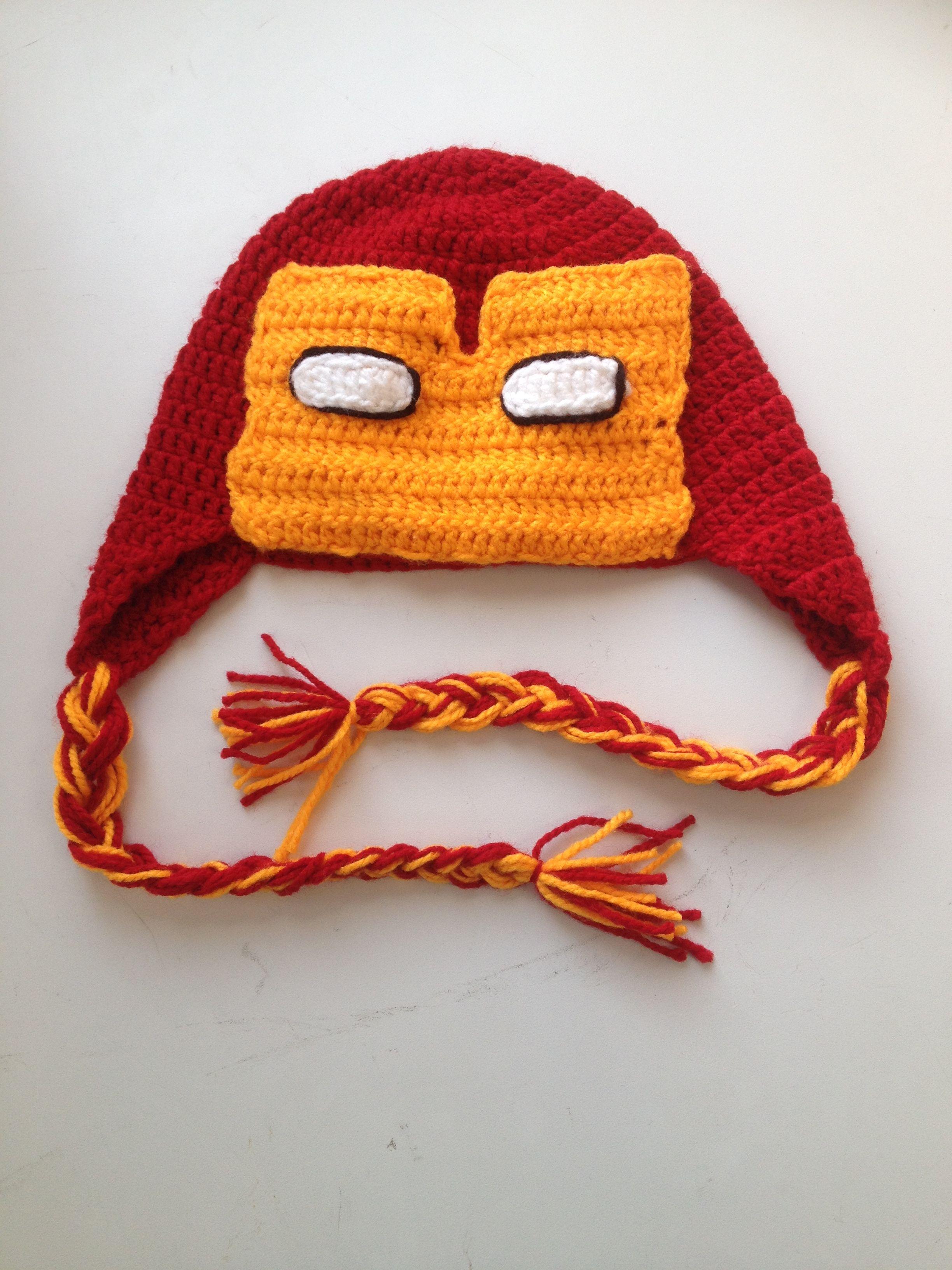 Gorro tejido Iron Man by Sahily Crochet $350