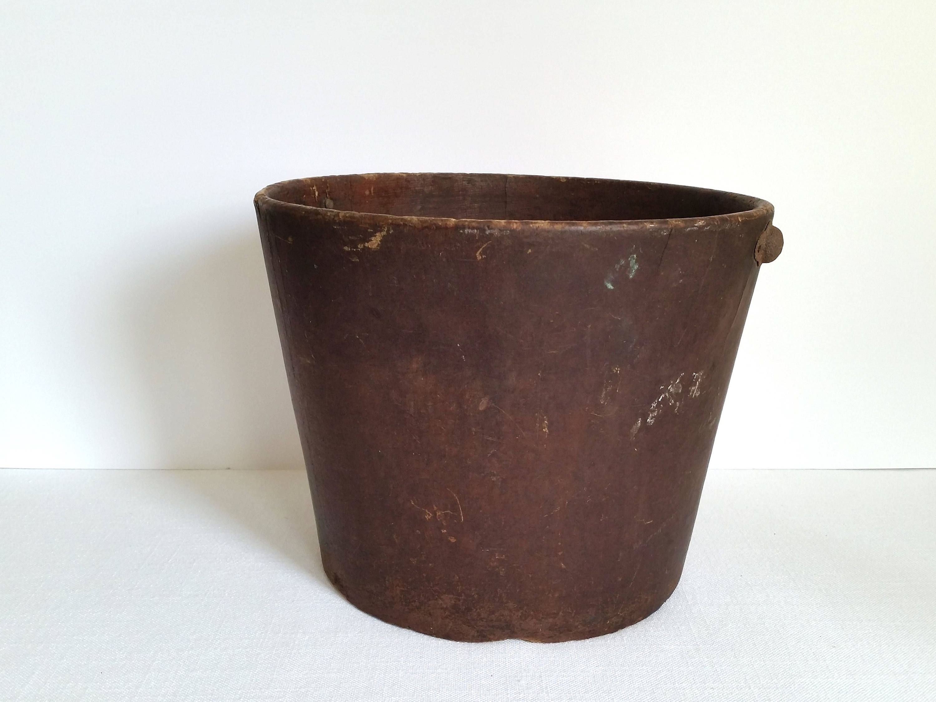 Antique Fiber Bucket . United Indurated Fibre Co.  Vintage Pail . Primitive Rustic Display . Farmhouse Decor . Home Decor . by 3WrenStreet on Etsy