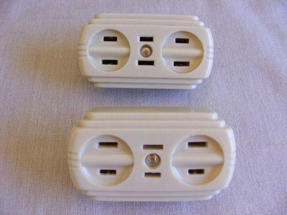 Vintage Pair Mid Century Midcen Bakelite Thermo Plastic Art Deco Electric Plug Socket 1 To 3 Conversion Extensi Mid Century Art Plastic Art Art Deco Design