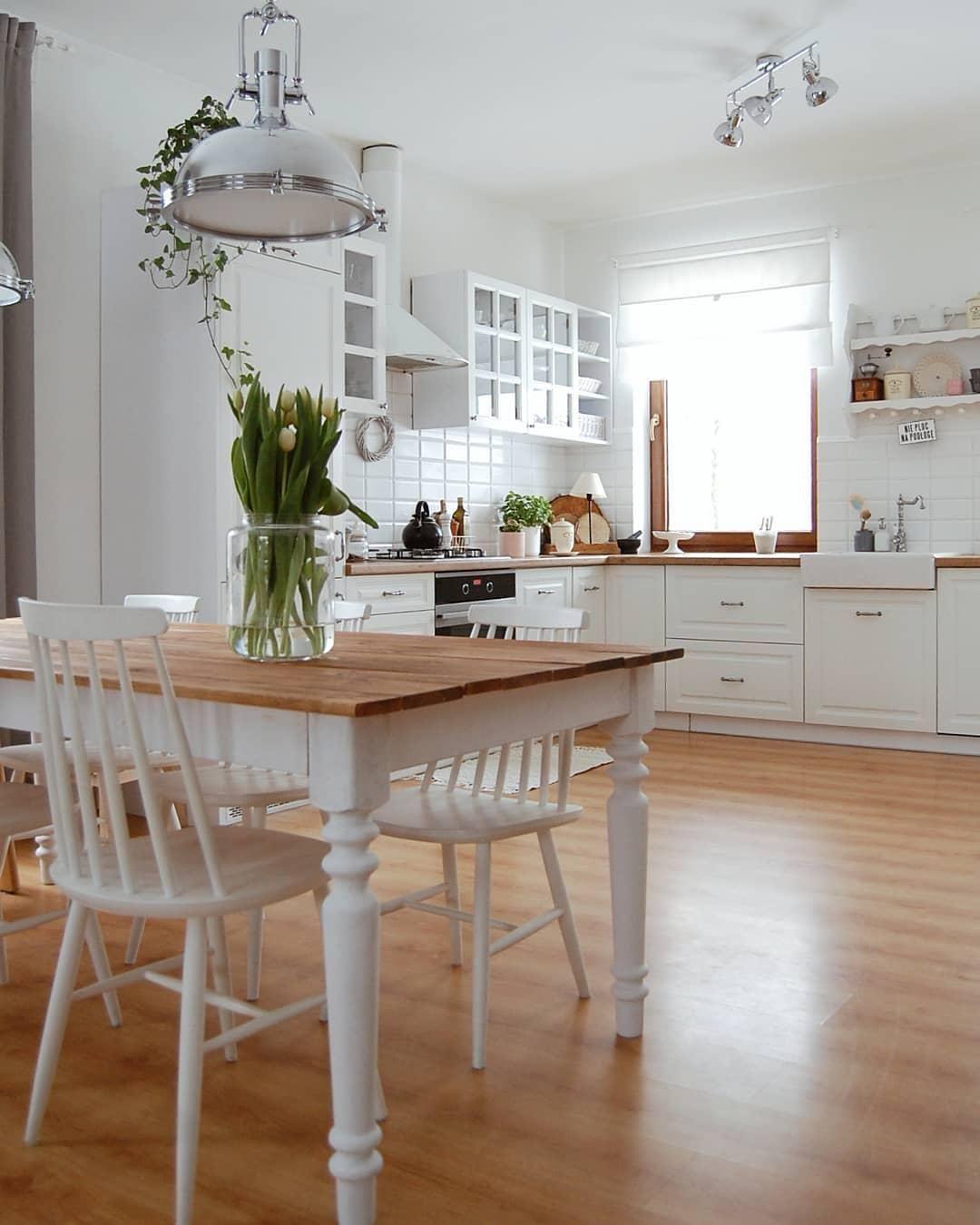 Kochen Ist Deine Leidenschaft Dann Teile Doch Das Endergebnis Mit Deinen Freunden Und Liebsten Bei Einem Leckeren Abendes Küchenumbau Haus Küchen Küchendesign