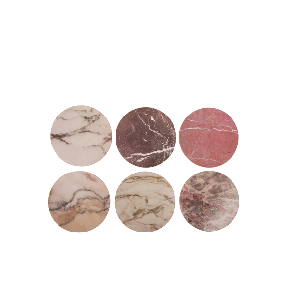 A set of 6 cork coasters from Dutch brand &Klevering with a stylish marbleprint. Diameter 10cm