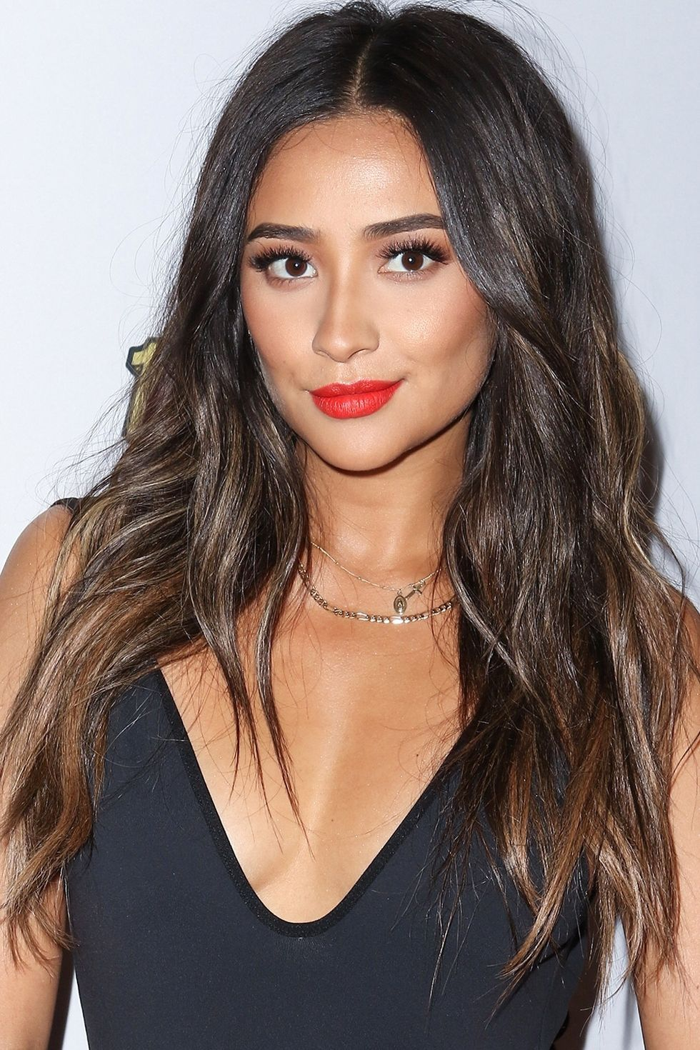 celebs who prove that black hair deserves a layer of highlights