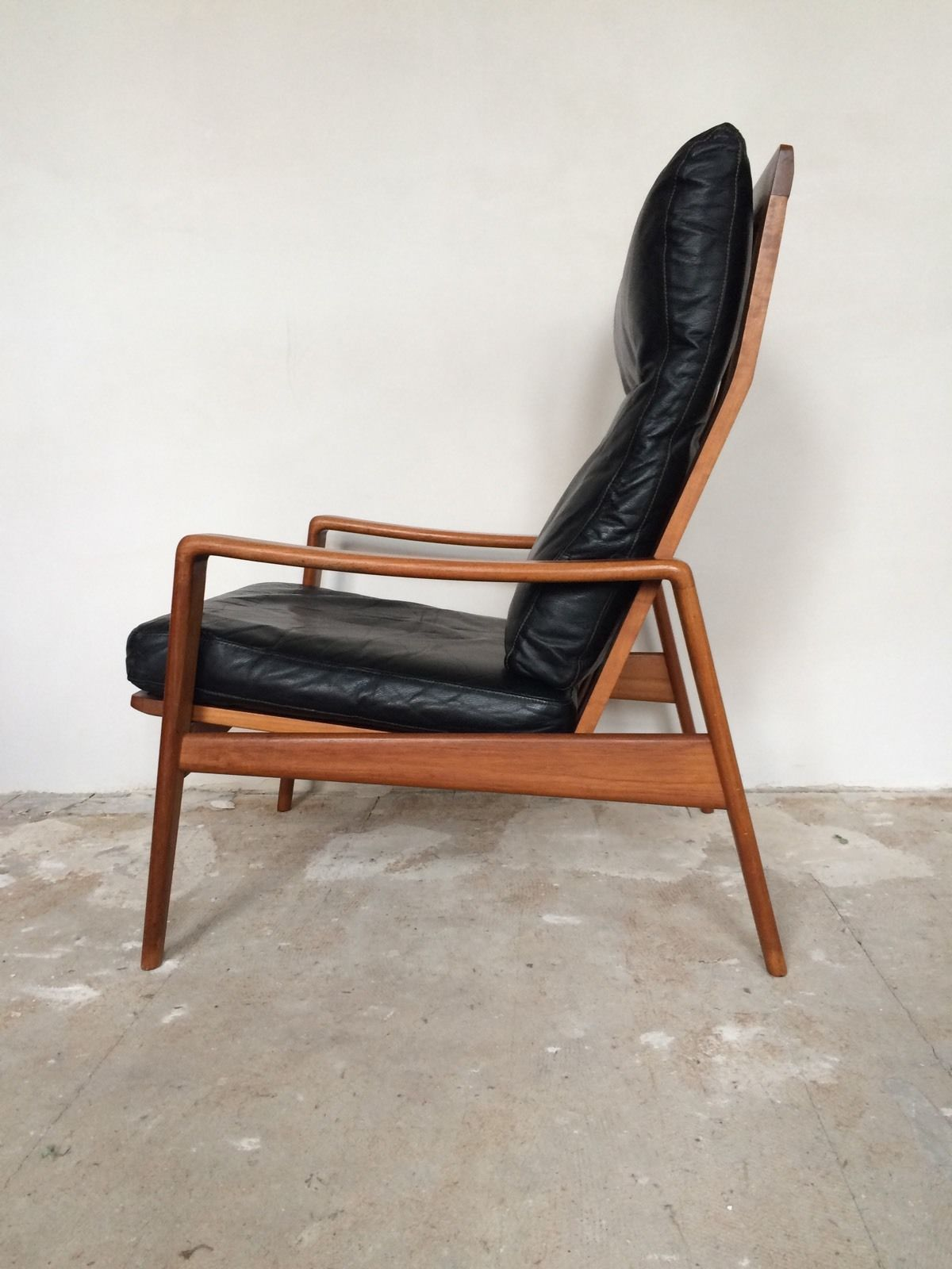 Arne wahl iversen komfort lounge chair teak 60s danish for Sessel leder
