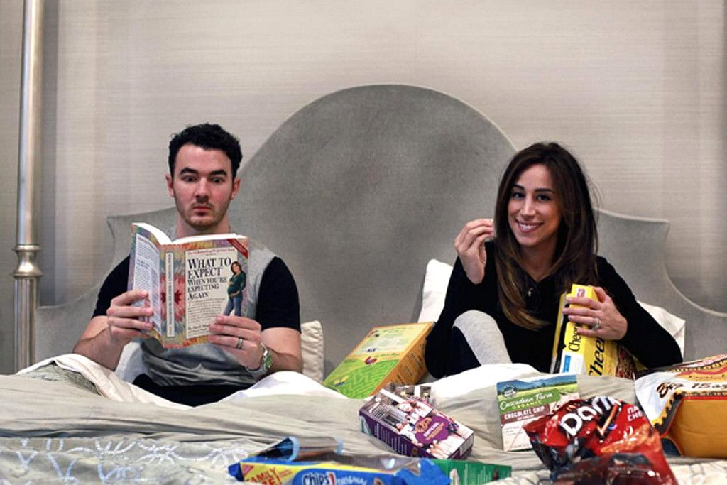 Kevin Jonas and Wife Danielle Expecting Baby No 2 See the – Baby Announcement Online