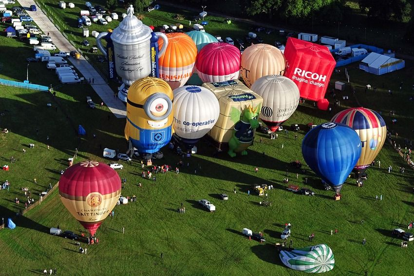 30 Amazing Moments in Photos Bristol balloon festival