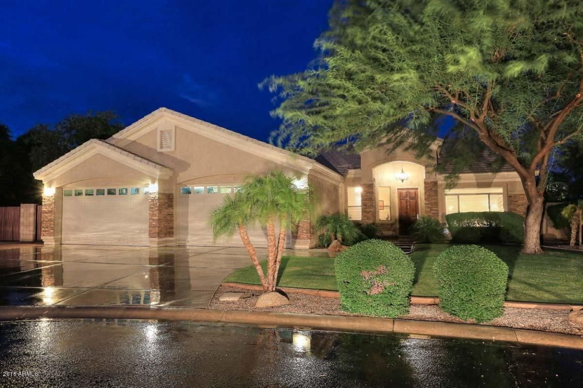 24043 N 80TH Avenue, Peoria, AZ 85383 House styles