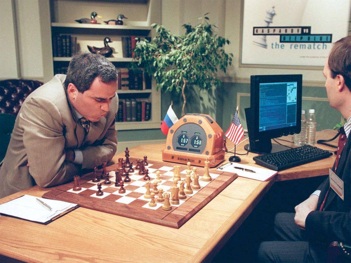 1997 le 10 mai; L'ordinateur d'IBM Deep Blue, bat Garry