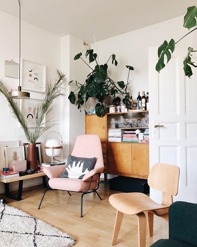 Atelierbesuch Bei Dénesh Ghyczy | Office Inspiration + Design | Déco  Maison, Maison, Idee Deco Interieur