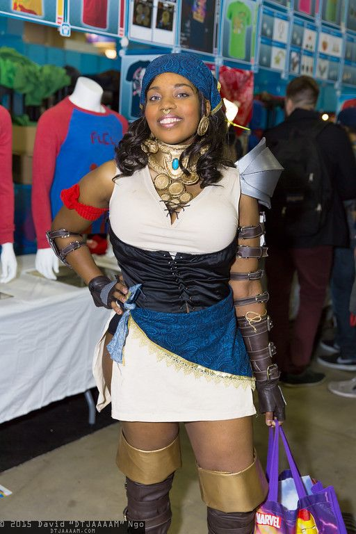 X Character Isabela Series Dragon Age Cosplay Dragon Age