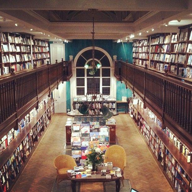 Pin De Suzi Holler En London Scene Catching Libreria Biblioteca