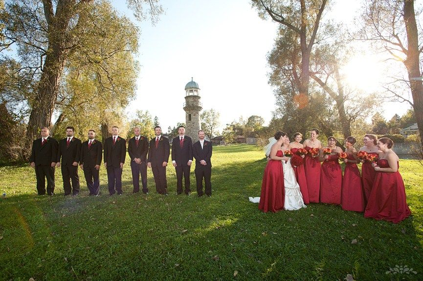 Fun Wedding Photography Poses Red And Black Dress