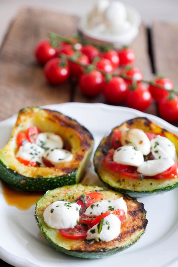 Photo of Gegrillte Zucchini Tomate-Mozzarella Low Carb