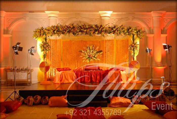 Mehndi Stage Decoration Lahore : Tulips event best pakistani wedding stage decoration