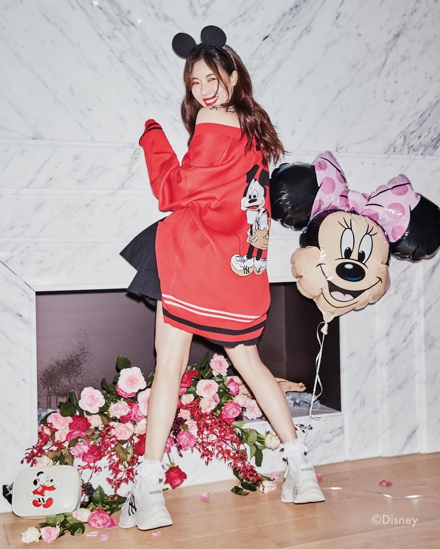 Mlb X Hyun Ah Hyunah 현아 Hyuna Hyuna Hyuna Hyunatic Aing Hyunaing Mlbxhyunah Mlb Mlbdisney 2020 패션