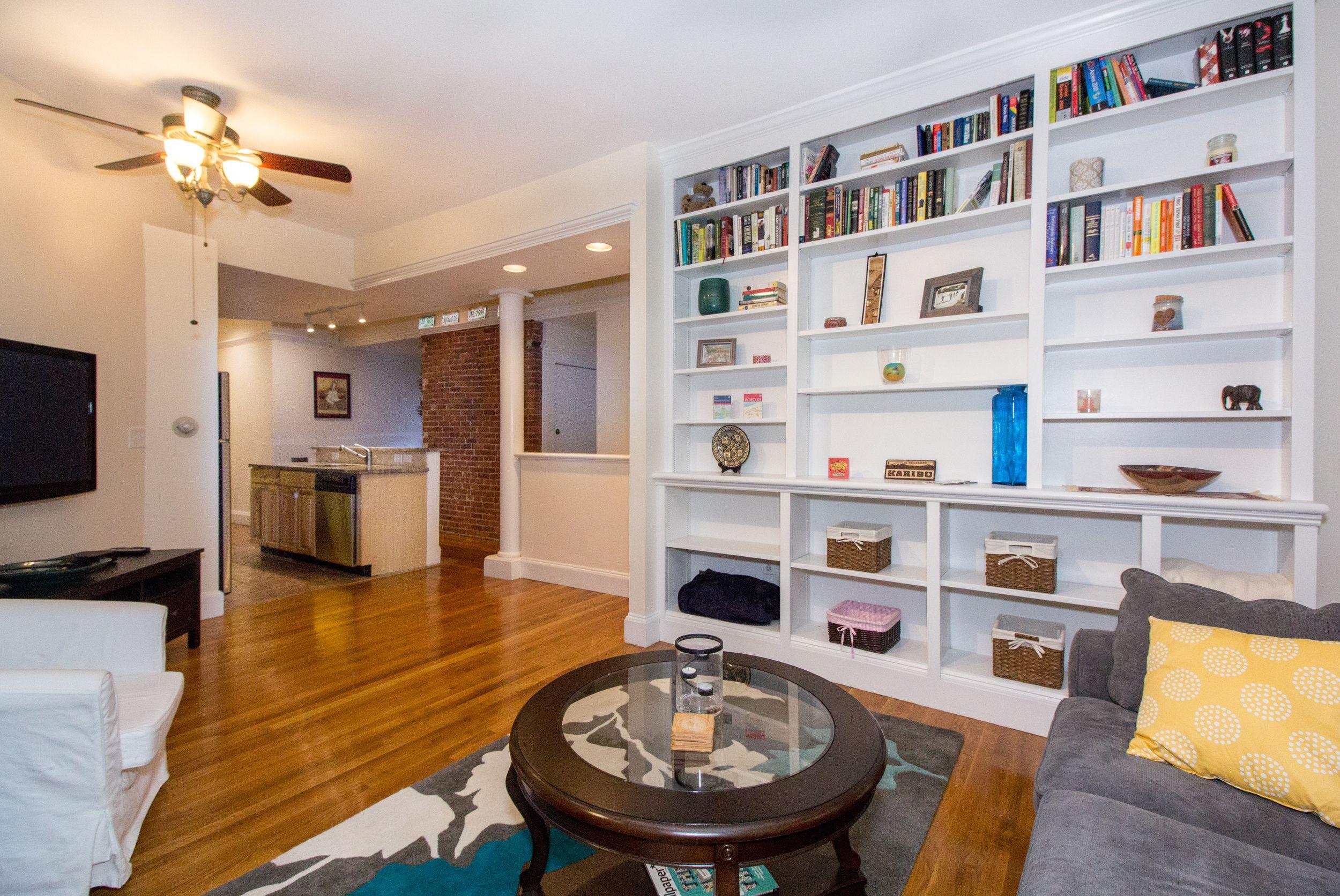 Premarket Whisper Listing 2 Bedroom Stunner In Beacon Hill Beacon Hill Brick Sidewalk House