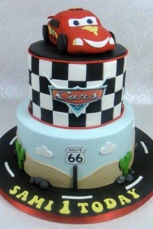Disney Cars Cake Ideas 68 Photos More Cake Ideasmore Cake Ideas Tortas De Automoviles Pastel De Cumpleanos Tortas