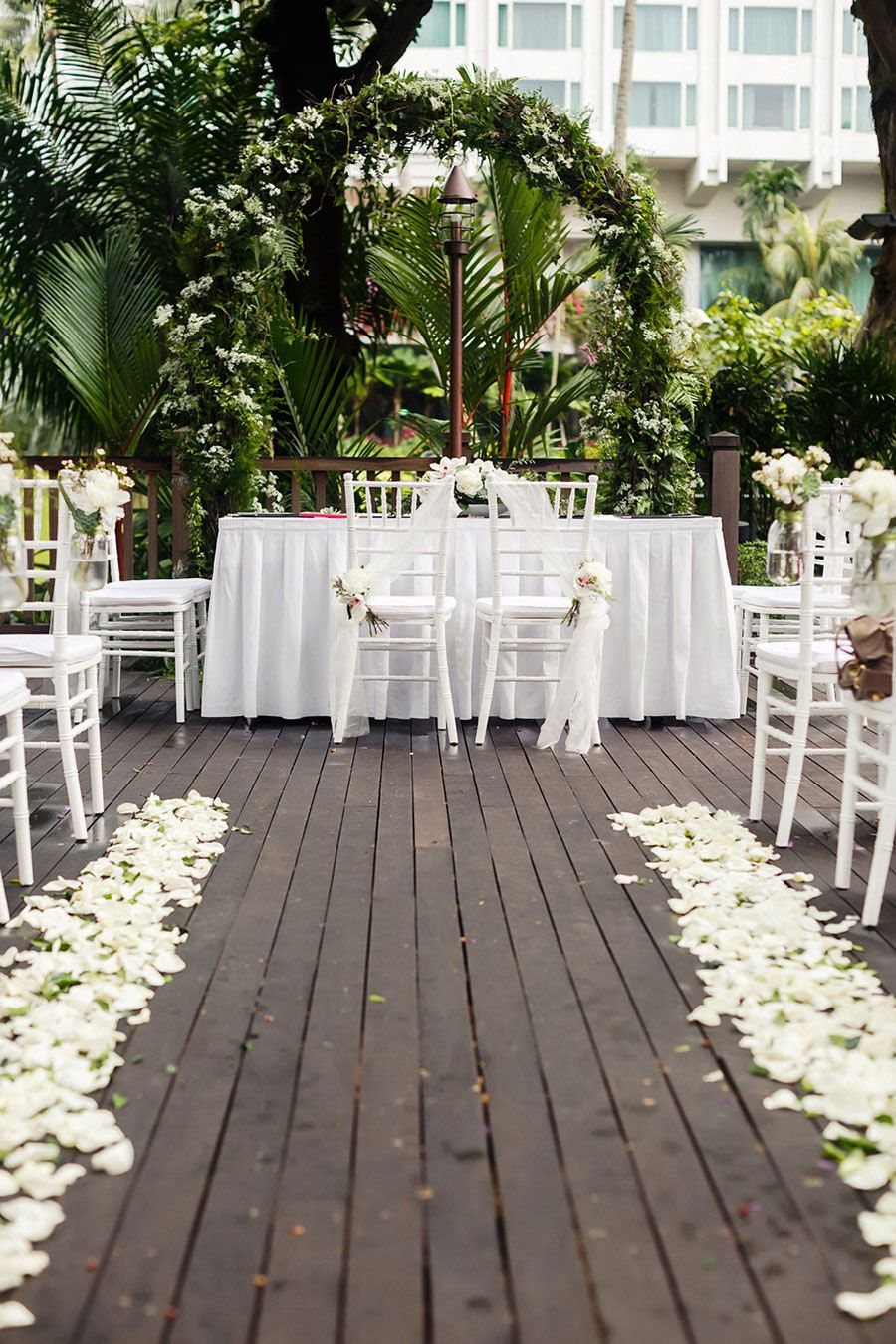 Adrien And Renyungs Festive Wedding At Shangri La Hotel Singapore