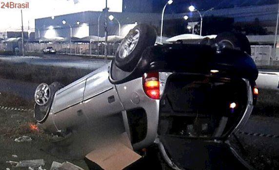 Homem morre em grave acidente e menino de 14 anos fica ferido na Serra
