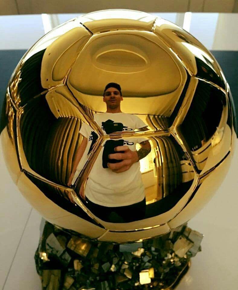 Lionel Messi Balon De Oro Balon De Oro Messi Lionel Messi