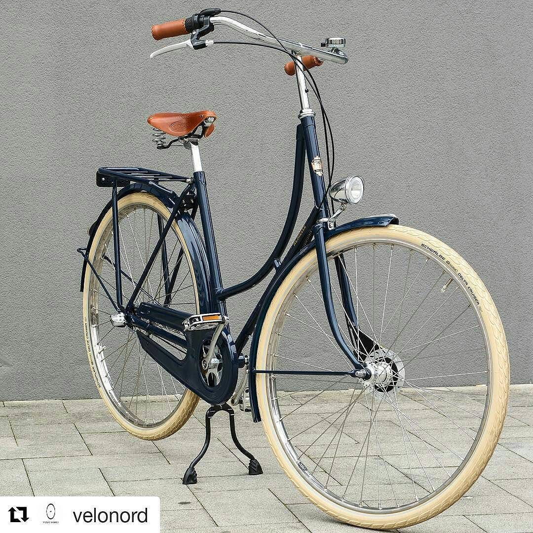 Repost Velonord With Repostapp Achielle Craighton Oma In Nightblue Velonord Achielle Hollandrad Fahrrad Beautiful Bicycle Commuter Bicycle Vintage Bikes