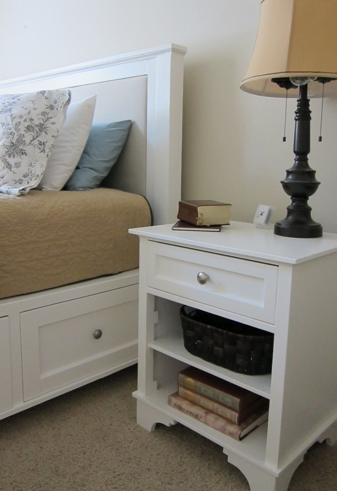 Instructions On How To Build This Bed And Night Stand From
