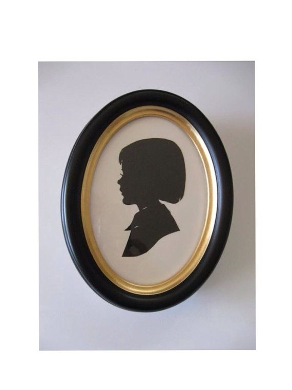 SALE 5x7 inch Black Oval Wood Frame by PaperPortraits on Etsy ...