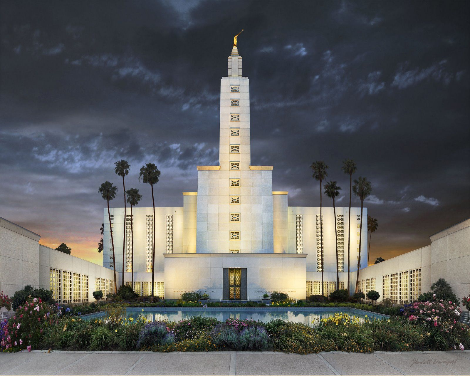 The La Temple Is Stunning Lds Temples Los Angeles Temple Lds Temple Pictures