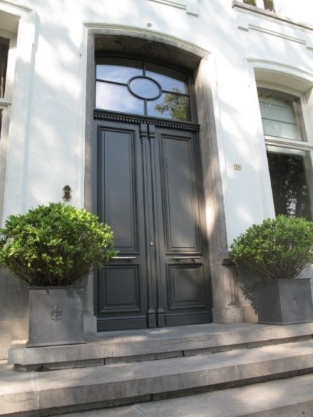 Loving the transom over the door. Also the boxwood... | First ...