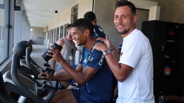 Fla não deve ter Diego Alves contra o Palmeiras mas goleiro poderá enfrentar o Corinthians