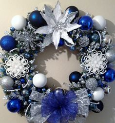 Blue White And Silver Christmas Wreaths Christmas Ideas