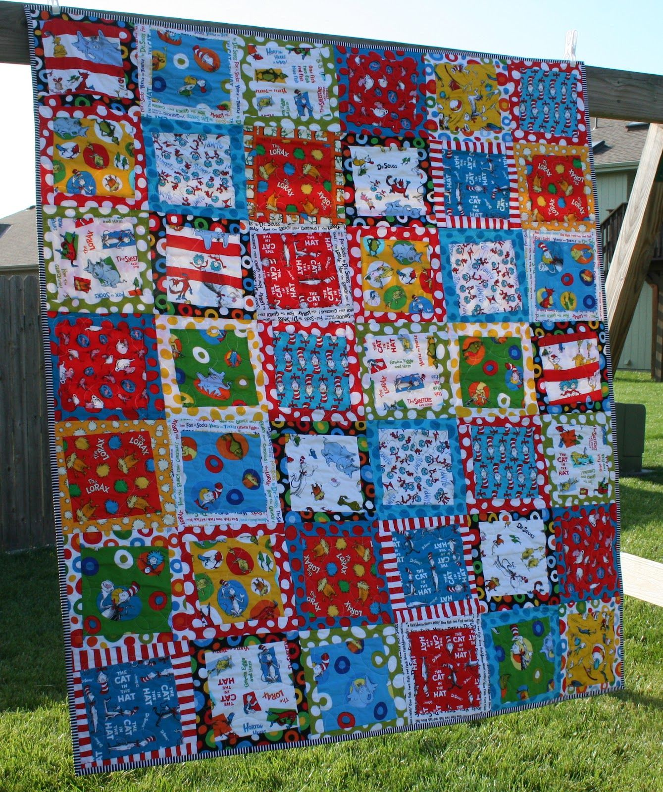 Fantastic quilt from Sewing for Sanity, using Celebrate Seuss and ... : dr seuss quilt fabric - Adamdwight.com