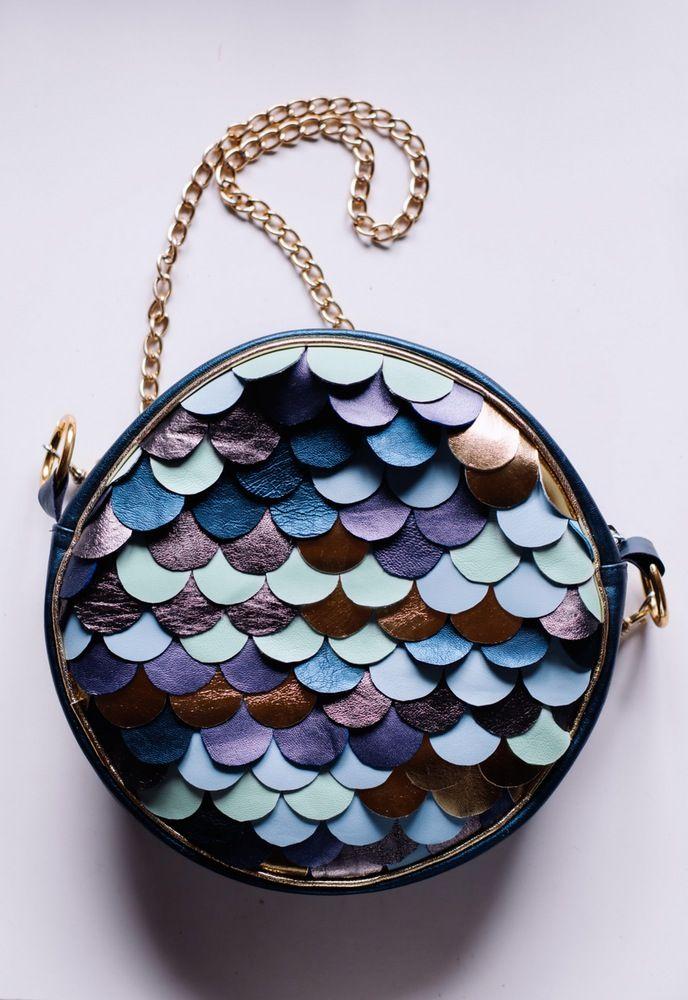 cuero detalles metalizado en en de Bolso redondo con azul cuero 8avqfgq6