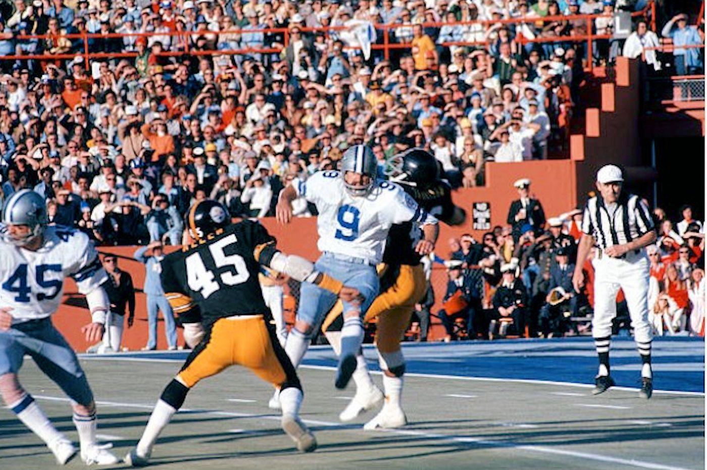 Steelers block a Dallas punt in Super Bowl X Steelers vs
