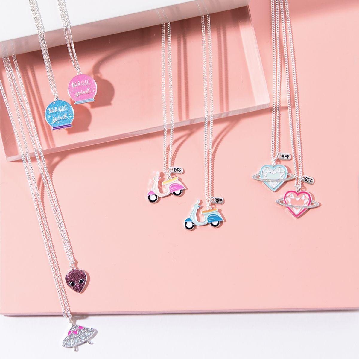 3356e71f Los collares más cool para compartir con tu BFF 💘#meetmeintokyo ...