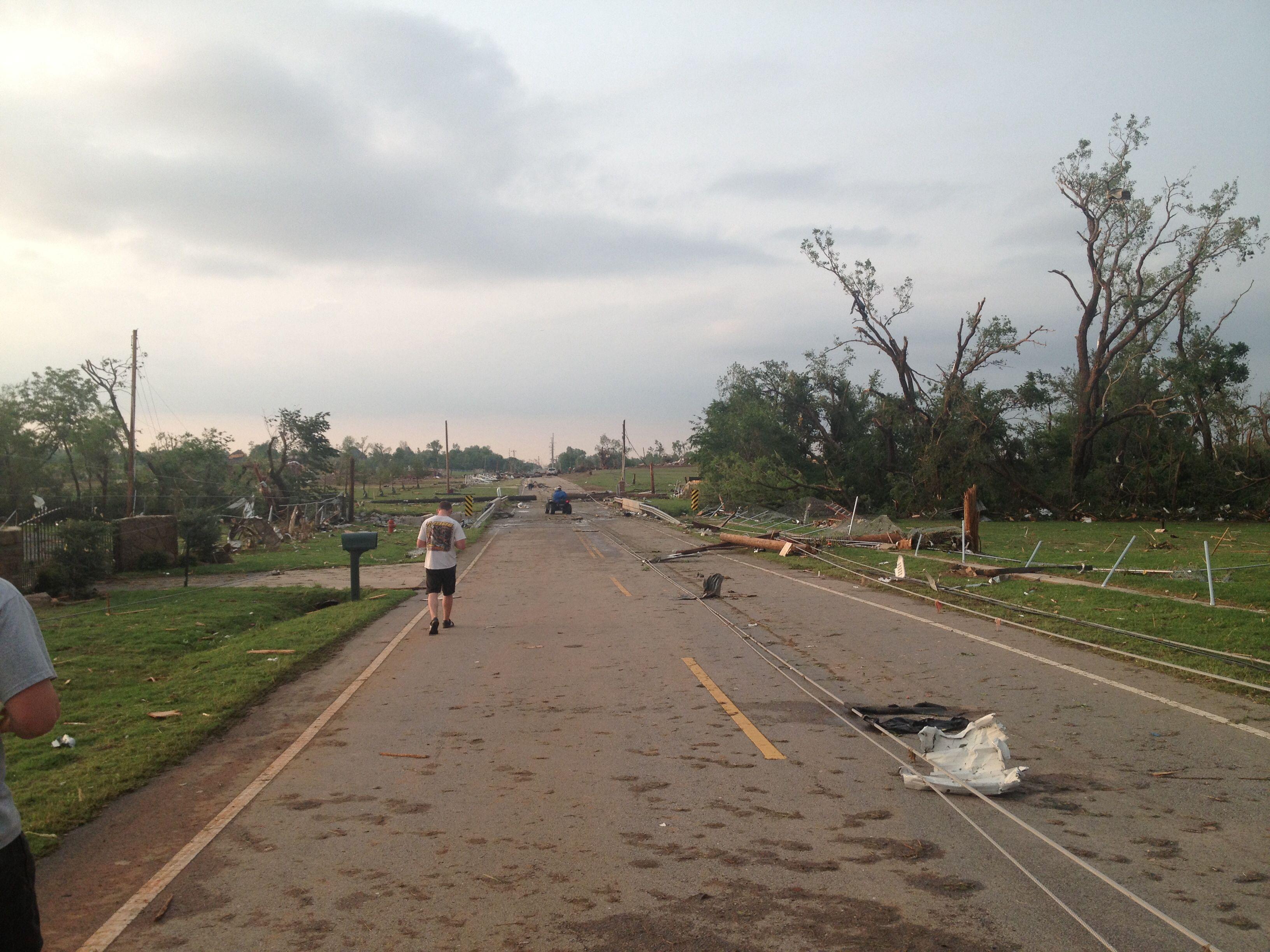 Moore oklahoma tornado south penn avenue 1 hour after 2013