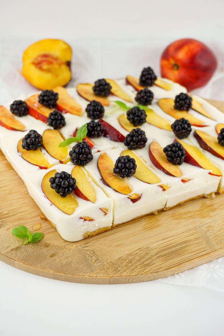 Kalorienarmer Joghurt Quark Kuchen Mit Fruchten Zuckerfreies Rezept Rezepte Zuckerfreie Rezepte Gesunde Desserts