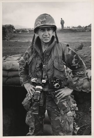 Three Quarter Length Portrait Of David Douglas Duncan In Helmet And Fatigues Two Cameras Slung Around His Nec Vietnam War War Photography Famous Photographers
