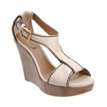 LOVE! Chloé V-Strap Sandal