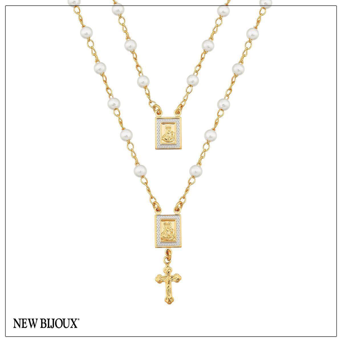 Colar escapulário frontal com pérolas, detalhe em ródio e fecho folheado a  ouro 18k Possui 36da249359