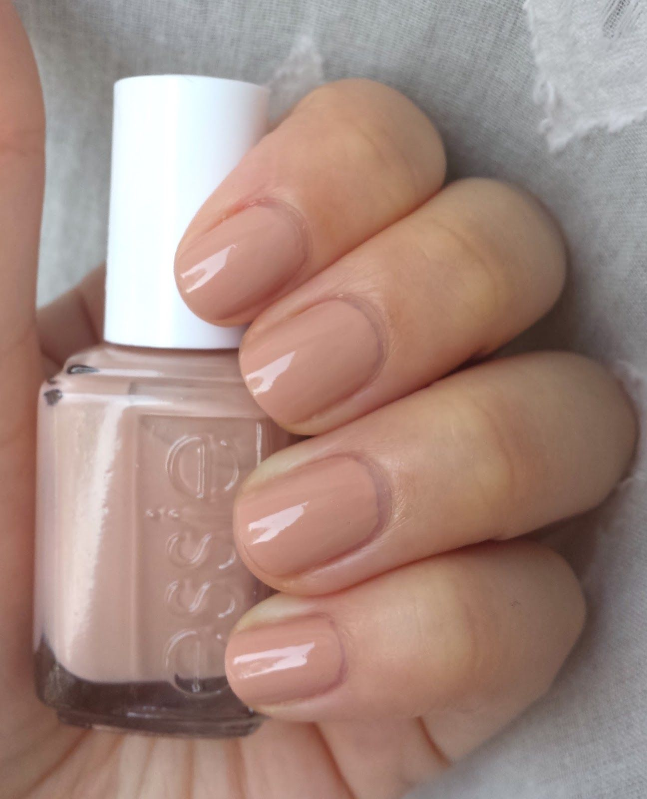 Essie Spin the Bottle has appeared on the nails of so many bloggers ...