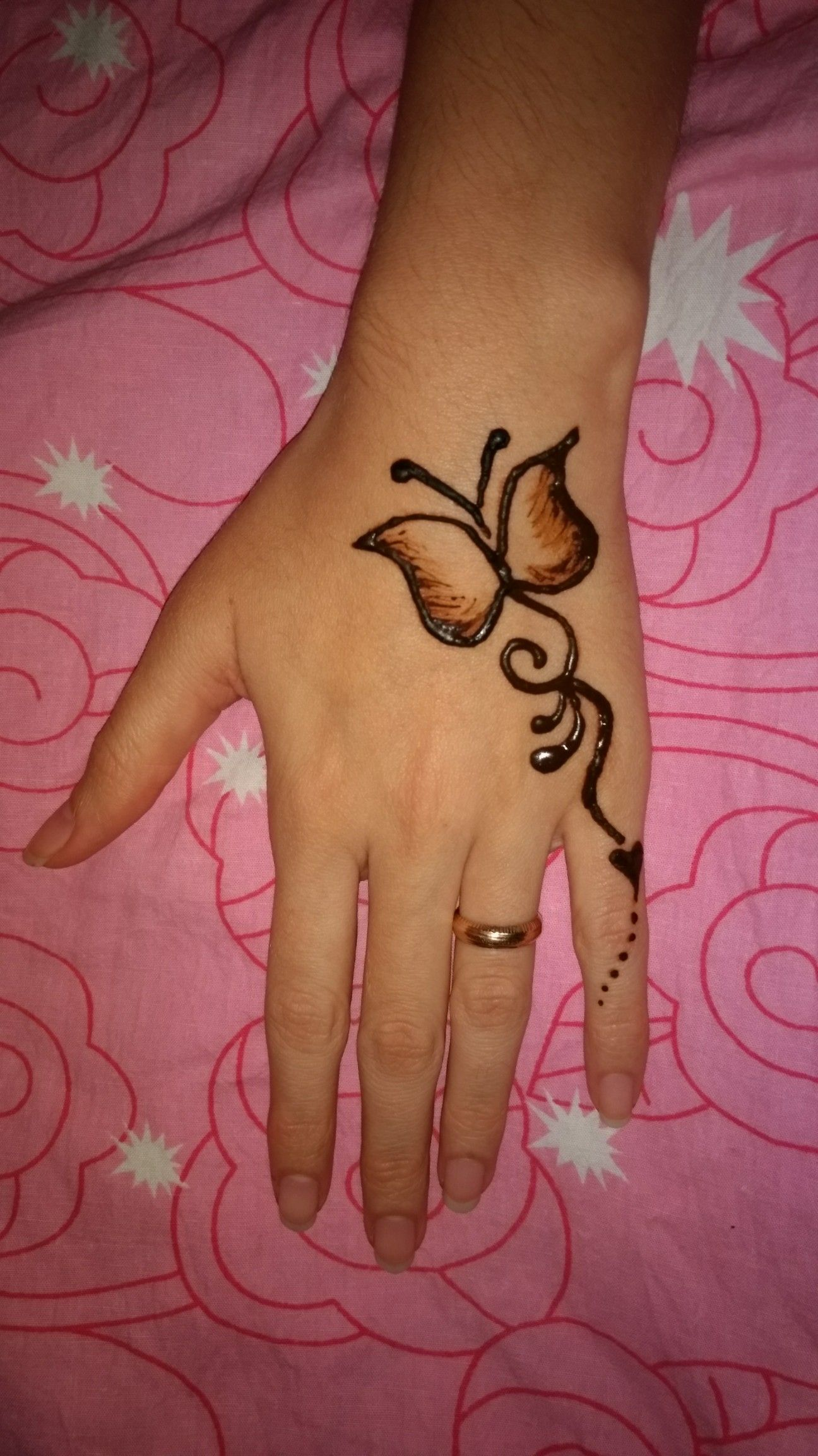 Butterfly Mehndi Tatoo Simple Henna Tattoo Henna Tattoo Designs Simple Henna Tattoo Designs